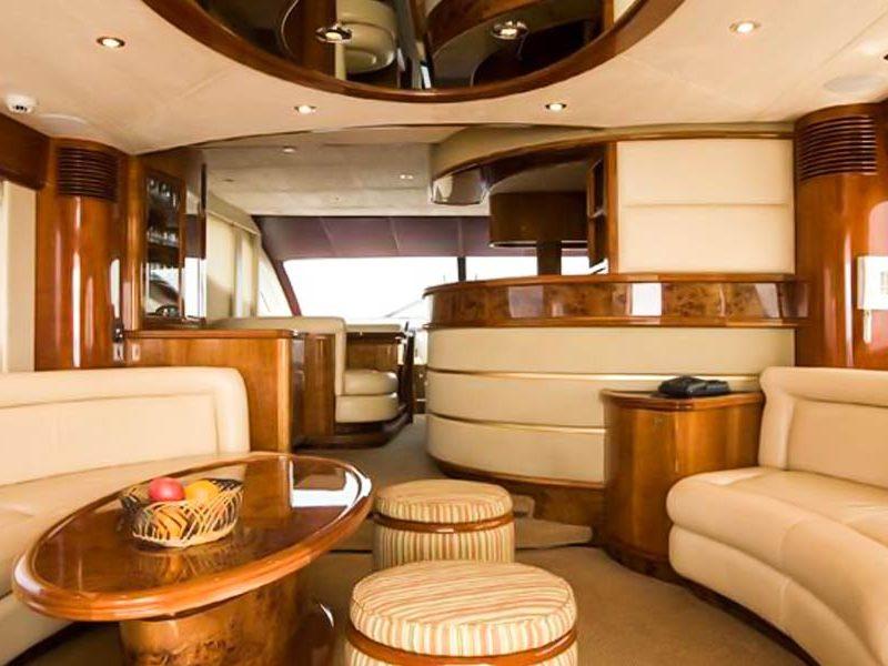 1520259047_majesty-yacht-charter-goa-4-1