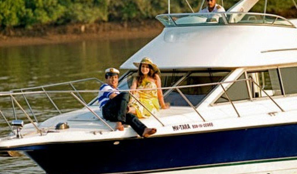 Goa-yacht-rental-bayliner-discovery-4