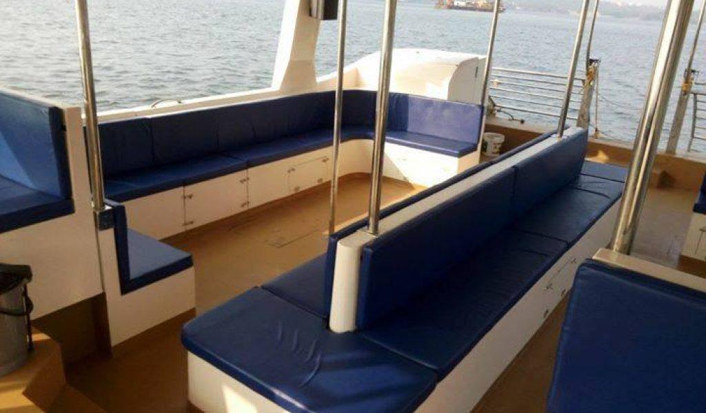 double-decker-yacht-in-goa-4