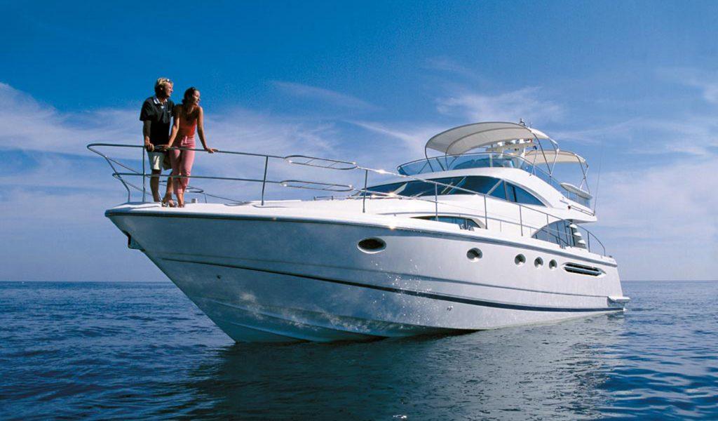 fairline-yacht-rental-boat-goa-2