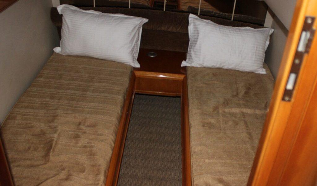 fairline-yacht-rental-boat-goa-6