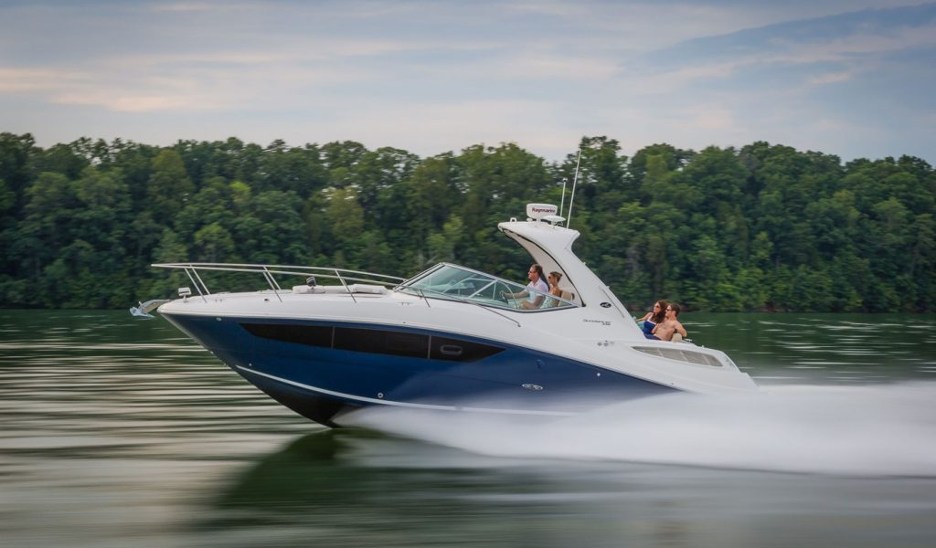 sundancer-yacht-hire-1