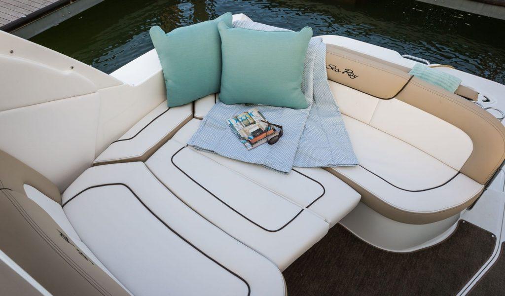 sundancer-yacht-hire-8