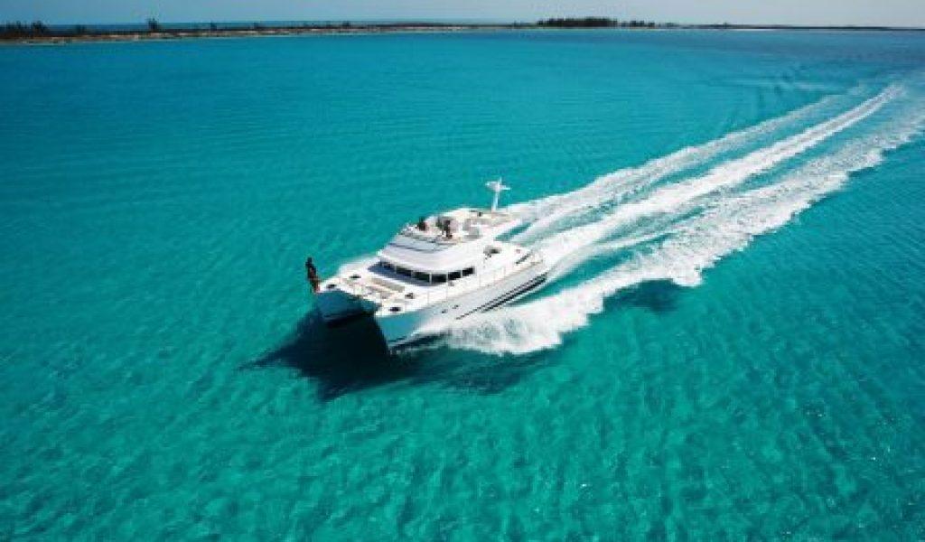 yacht-on-rent-in-goa-laggon-44-4
