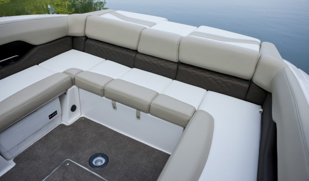 yacht-regal-goa-7
